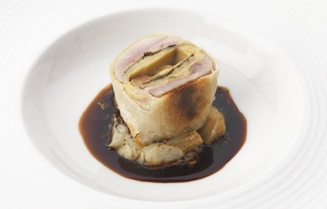 Quail strudel with truffle - Phil Carnegie_    Phil Carnegie presents a novel way to serve quail: neatly encased in crisp pastry with a gorgeous Madeira jus. This is an exquisite quail recipe conjuring up brilliant flavours of autumn, with delicious Granny Smith apples, truffle and mushrooms. This recipe involves a good amount of preparation, so be sure you have all the ingredients and necessary equipment to make this rich quail pastry