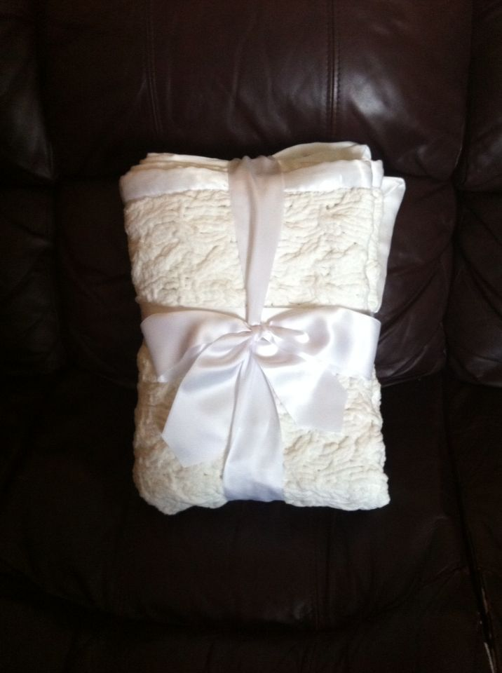 Snow ball baby blanket knit