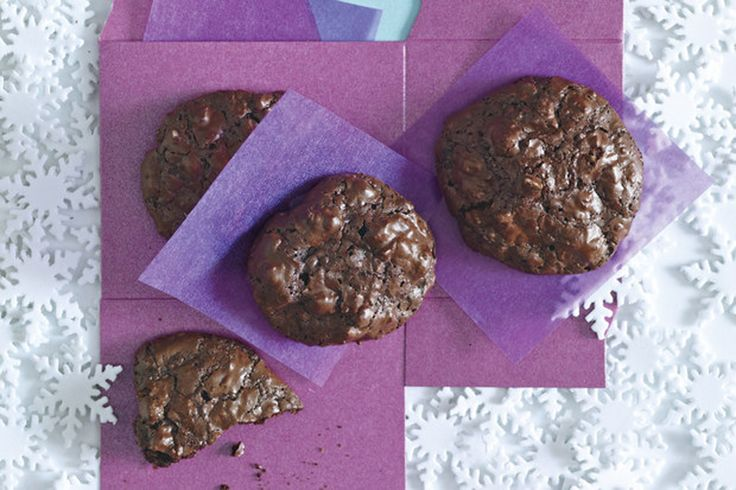 Flourless Chocolate-Walnut Cookies