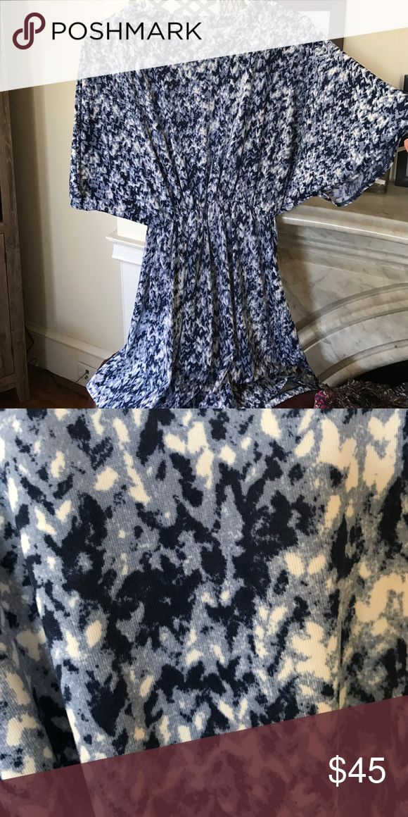 Dress This is a great lightweight spring and summer option. The navy, light blue, and white is so easy to match a cute pair of sandals with. It cinches at the waist to give a more defined waistline. Francesca's Collections Dresses