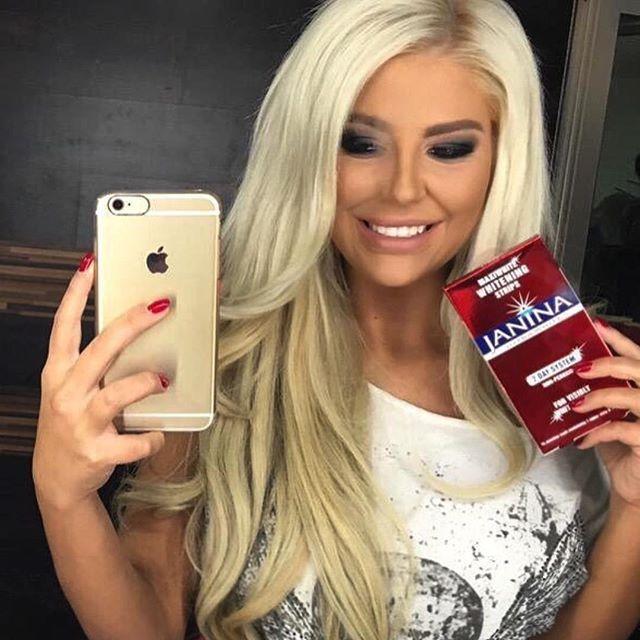 Cabello rubio barbie