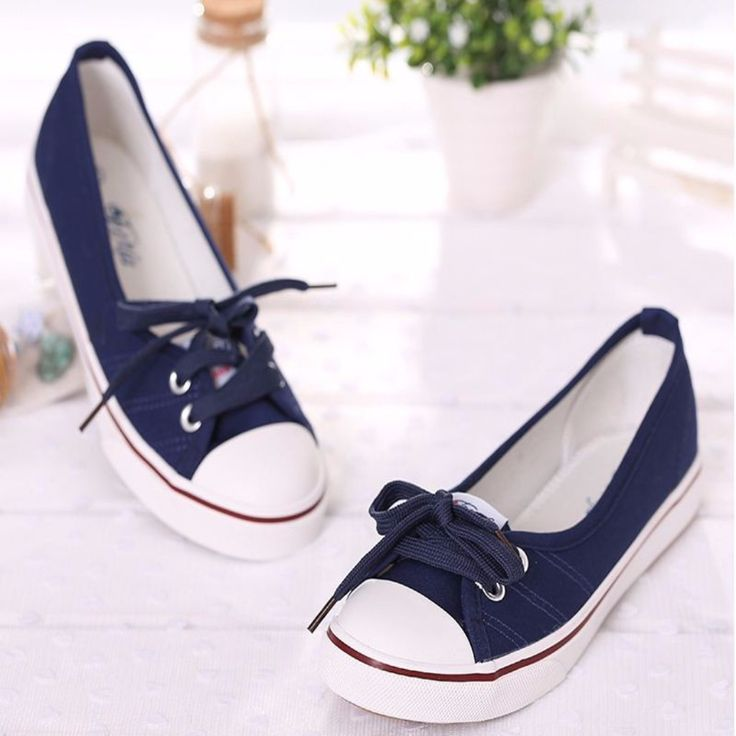 An on the go pair of shoes that will complement to your casual everyday ensembles. Features slip on design, lace up and flat heel. Crafted from rubber, soft leather and canvas lining materials. Walk w