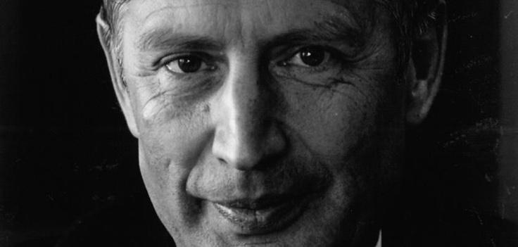 Op 16 juni 1983 werd Dries van Agt benoemd tot commissaris van de koningin in Noord-Brabant. Op 31 maart 1987 trad hij af om een diplomatieke functie bij de Europese Gemeenschap te aanvaarden.