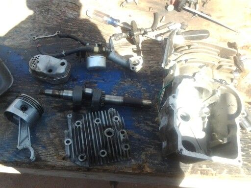 How to take apart a lawn mower engine small engines for Used lawn mower motors
