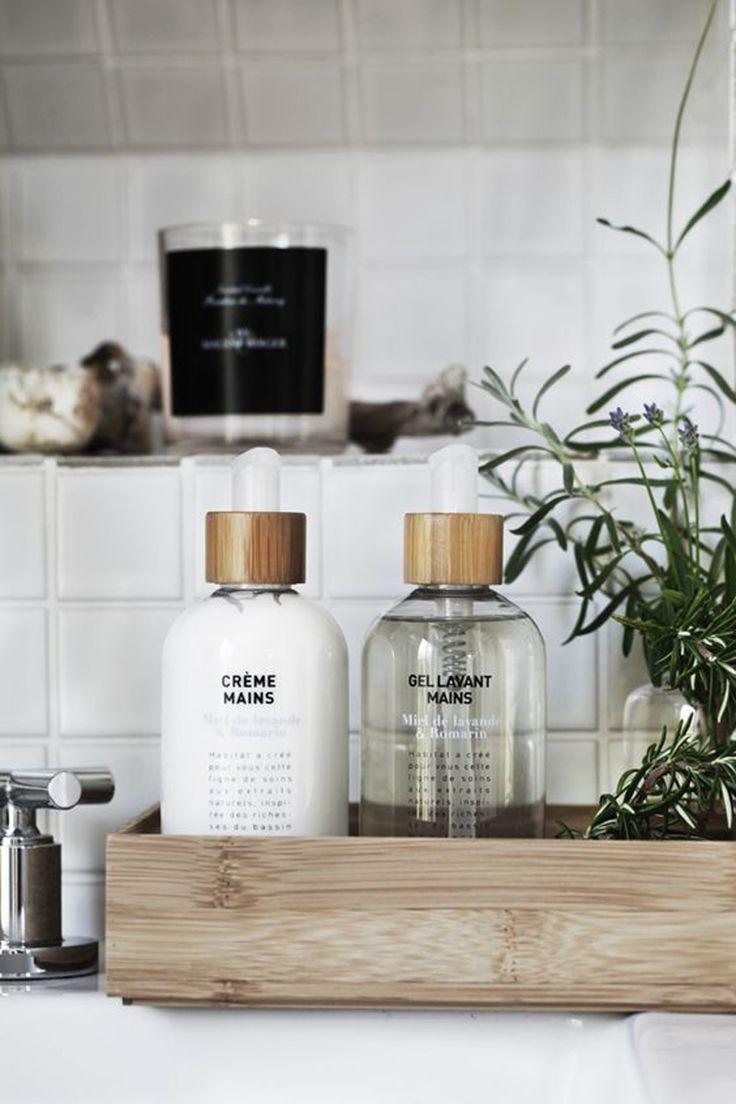 In bagno tutto a vista: come esporre i prodotti beauty