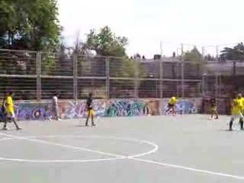 LOS SAQUES DE BANDA, OTRA DEBILIDAD DE LOS GRANDES EQUIPOS « Fútbol y Motivación