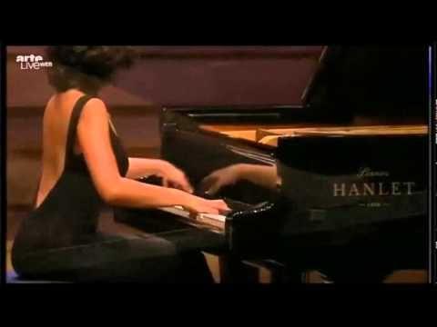 Khatia and Gvantsa Buniatishvili - Concerto for 2 Pianos in C minor, BWV 1062 - YouTube