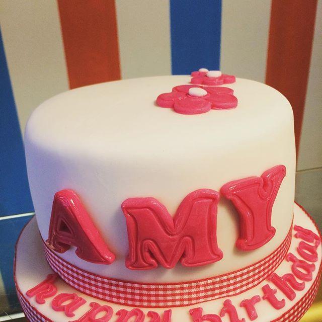 A wee cutie vegan vanilla birthday surprise delivered to a darling daughter - yes we now deliver! #MarvellousMums #VeganBirthday #Cupcakes #Cake #GlutenFree #DairyFree #Vegan #VeganTreat #WhatVegansEat #VeganFoodPics #VeganFoodPorn #VeganFoodPornography #VegansOfIgm #HomeMade #HomeBakes #Cupcakes #CupcakePics #CakeShare #CakePics #Foodie #FoodPorn #FoodPornography #Coffee #CoffeeShop #Tea #Cafe #GlasgowCafe #Glasgow #GlasgowFood #SauchiehallStreetBanter  Yummery - best recipes. Follow Us…