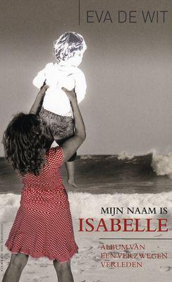Het verhaal van een vrouw, die op veertienjarige leeftijd moeder werd van een zoon die ze onmiddellijk ter adoptie moest afstaan; een gebeurtenis die door haar familie angstvallig voor de buitenwereld werd verzwegen.
