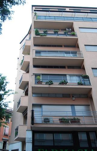 Casa Lavezzari, Milano - Terragni