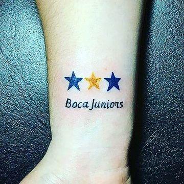Peculiares Y Diversos Tatuajes De Boca Para Mujer Tatuajes Para