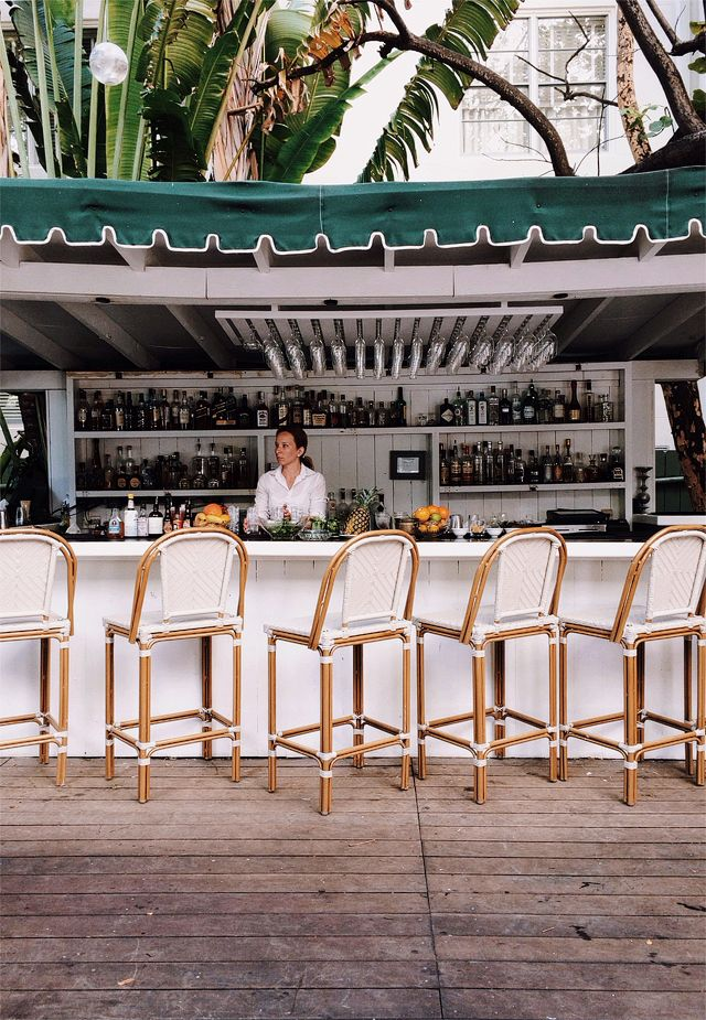 The raleigh miami 14 wanderlust pinterest happy for Raleigh hotel miami restaurant