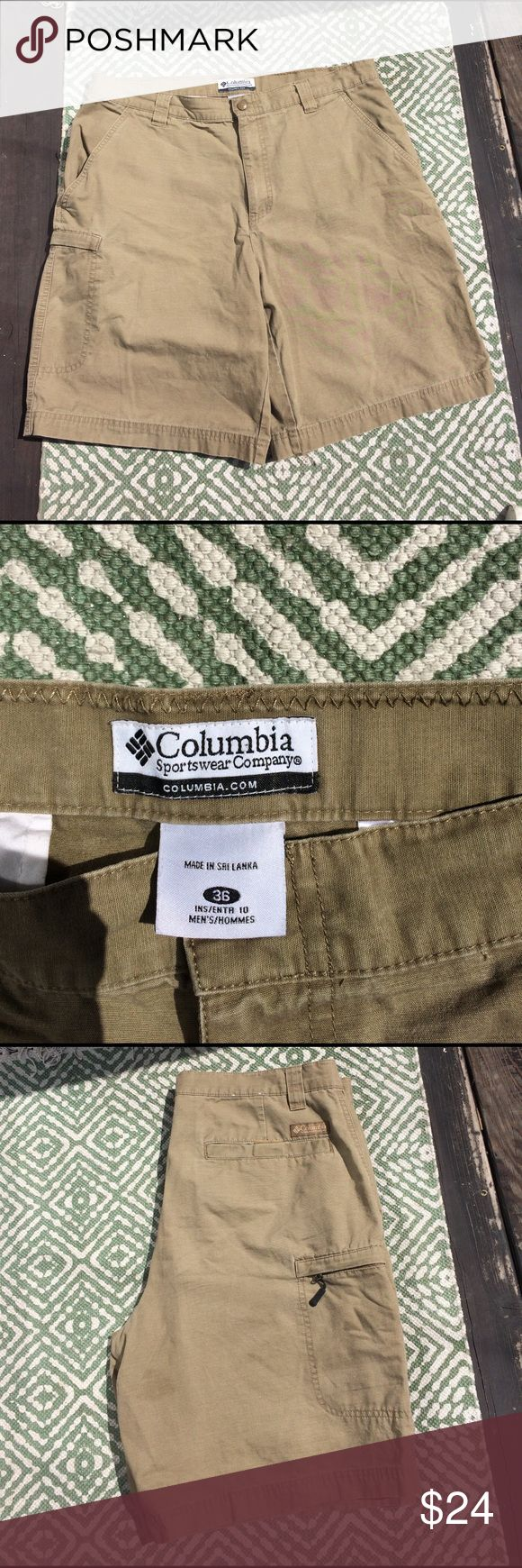 Columbia sportswear shorts EUC sz 36 💯 cotton ❤️Columbia sportswear khaki/beige shorts EUC sz 36 💯 cotton. Two pockets in front and back and one pocket on the hip with zipper Columbia Shorts Cargo