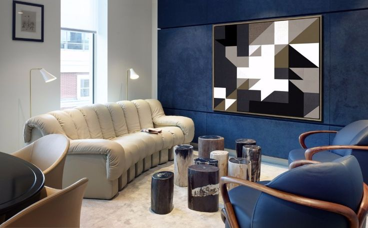 6 Sophisticated Modern Sofas In Interiors By Gunter & Co | Living Room Ideas. Leather Sofa. #modernsofas #leathersofa #livingroomset Read more: http://modernsofas.eu/2016/11/04/sophisticated-modern-sofas-interiors-gunter/