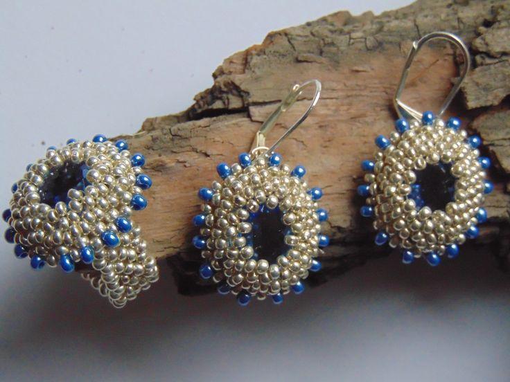 Ring the Quinn Bona and earrings.