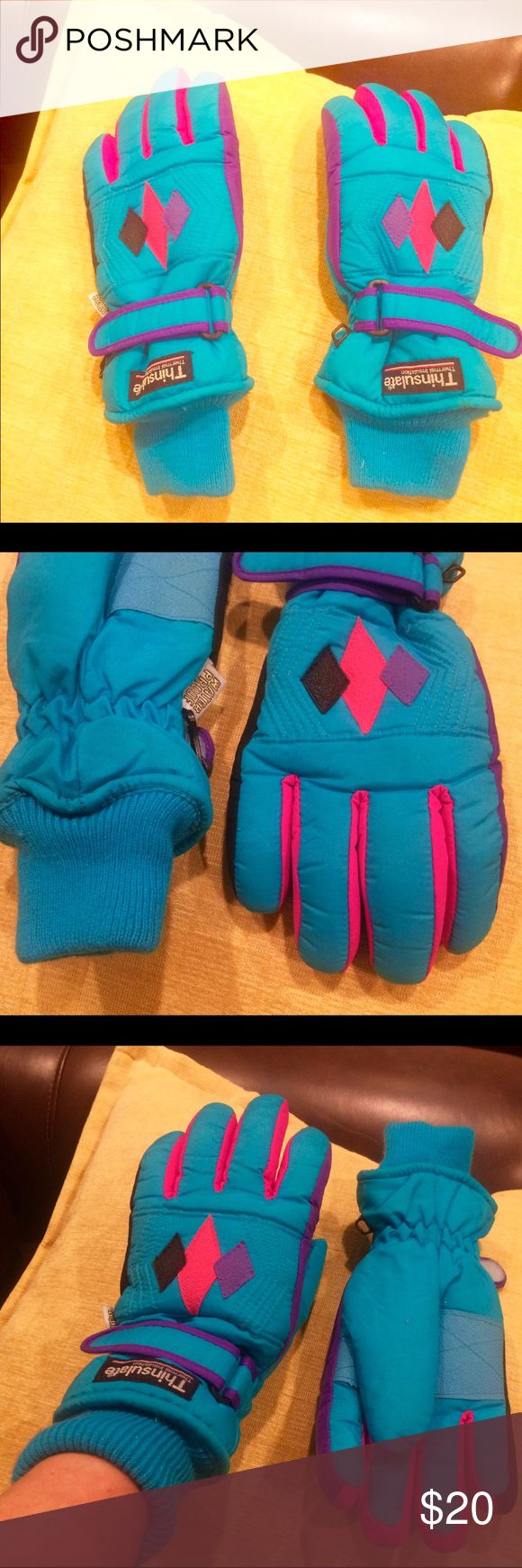 THINSULATE SNOW GLOVES - WATERPROOF! Excellent waterproof thinsulate gloves! Turquoise/pink/purple. Warm and waterproof! Thermal insulation. Amazing for snow/rain/skiing/sports, etc! thinsulate Accessories Gloves & Mittens