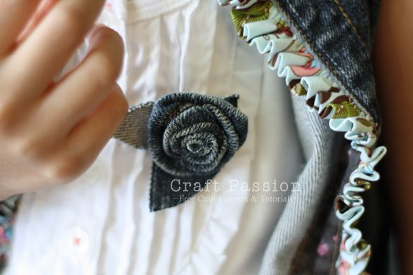 Recycle | Rosette From A Sleeve Hem | Free Pattern & Tutorial at CraftPassion.com
