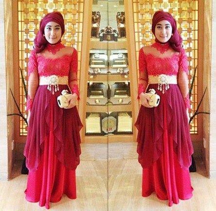 Ketahuilah Trend Baju Kebaya 2016!! - Untuk trend baju kebaya 2016 bagi wanita muslim masih didominasi oleh warna-warna yang cukup terang. Namun warna-warna ...