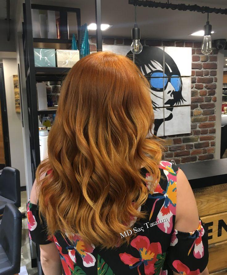Bakır ve ışıltı karışımı 😉😉 💥💣 #bakir #bakirsac #isilti #isiltilisaclar #izmir #kuaför #kuaförde #hairlove #love #hairstyle #haircolor #happy #instahair #instagood #mdfarki #mdsactasarim @mdmetindemir