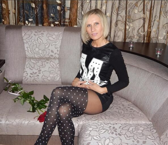 ridgetop single women over 50 Why do women over 50 endure online dating men lie about their age and all want younger women.