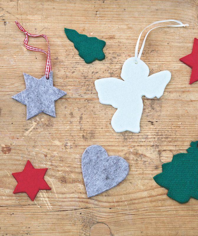 La feutrine donne mille idées de décorations de Noël. Place à la couleur et à votre créativité !   espritdici.com #feutrine #deco #noel #diy #couleur #laine #feutre #christmas