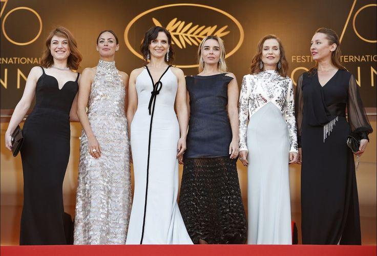 Muitas estrelas do cinema juntaram-se numa cerimónia especial para comemorar o 70º aniversário do Festival de Cannes, entre elas uma dúzia de cineastas vencedores da Palma de Ouro.