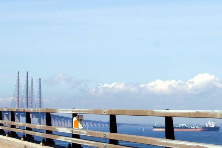 Die Öresundbrücke - Sehnsuchtsort auf dem Weg nach Kopenhagen   ... #filmkulisse #schweden
