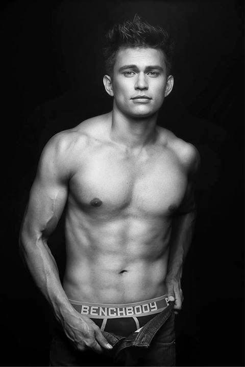 tom rodriguez naked photos