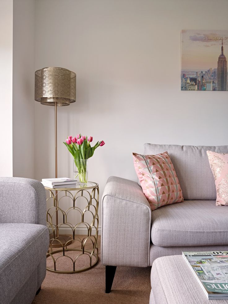 With a young family and a dog to entertain, function is as important as style for Natalie; the living room is arranged and accessorised to be super snug, with plenty of cushions and personal touches to keep everyone happy. Buddy the dog even has his own blanket so he can get up on the sofa with the kids    #mydfs