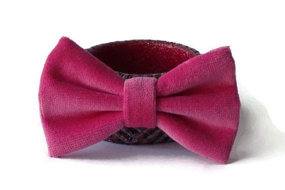 Bow tie for men or women  pretied bow ties  men's by WingedBowTies, €18.00