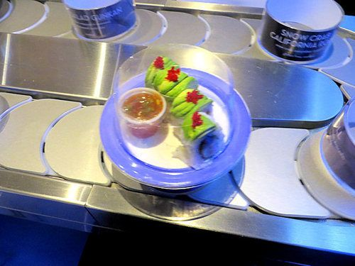 Blue C Sushi Restaurant Review - A Rotating Sushi Bar Comes To Hollywood | Splash Magazines | Los Angeles