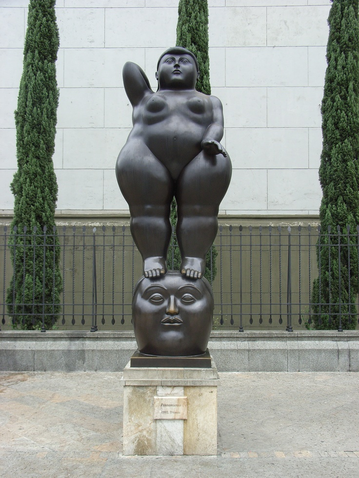 Botero's Sculpture @ Medellin. You see ...art is also present in Medellin ...not only drug cartels !