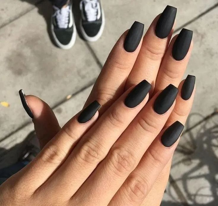 The Beauty Of Matte Black Coffin Nail Ideas Trend In Cool 36 In 2020 Acrylic Nails Coffin Short Black Acrylic Nails Matte Black Nails