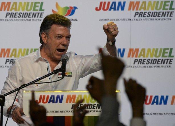 Stanley Roy informa: Presidente de Colombia explica por qué se orinó en...