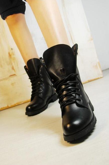時尚綁帶馬丁靴機車靴