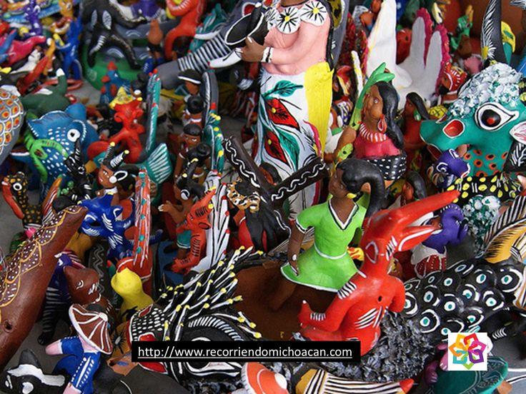 MICHOACÁN MÁGICO  Te platica  sobre diferentes tipos de artesanía y de donde son: Talla en madera: muebles de Cuanajo y Pichátaro, sillas de Opopeo, figuras y esculturas de Pátzcuaro, juguetes de Quiroga, máscaras de Ocumicho. HOTEL FLORENCIA REGENCY http://www.florenciaregency.mx/MICHOACÁN MÁGICO: MICHOACÁN MÁGICO TE PLATICA SOBRE DIFERENTES TIPOS...