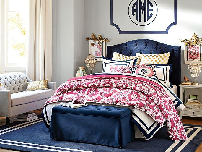 Teen girl bedroom inspiration Love this color bo pink