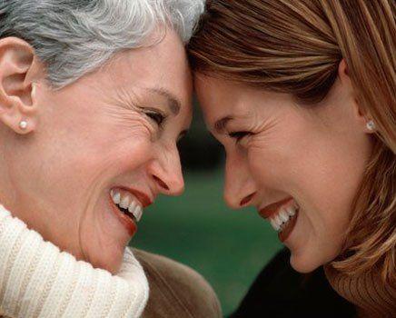 mae-e-filha  -Surpreenda sua mãe com um presente preparado por você! - Acesse: https://pitacoseachados.wordpress.com #pitacoseachados