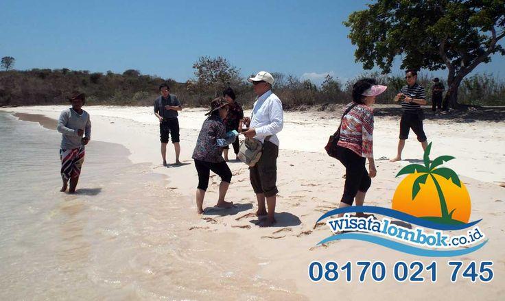 Pesona Wisata Pantai Pink Lombok Yang Indah Mempesona, dijamin wisata Anda di Lombok menyenangkan http://goo.gl/rSwpoe   #pantaipinklombok #wisatapantaipinklombok #pantaipink #pantaidilombok #pinklombok