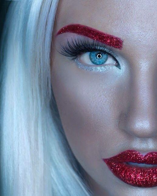 glitter eyebrow