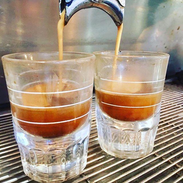 Coffee time! . . . . #dawnroasterscoffeeco #singleorigin #coffee #coffeetime #espresso #coffeelover #coffeetime #coffeeaddict #butfirstcoffee