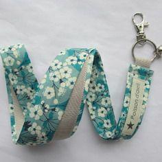 Porte-clés collier en liberty mitsi menthe