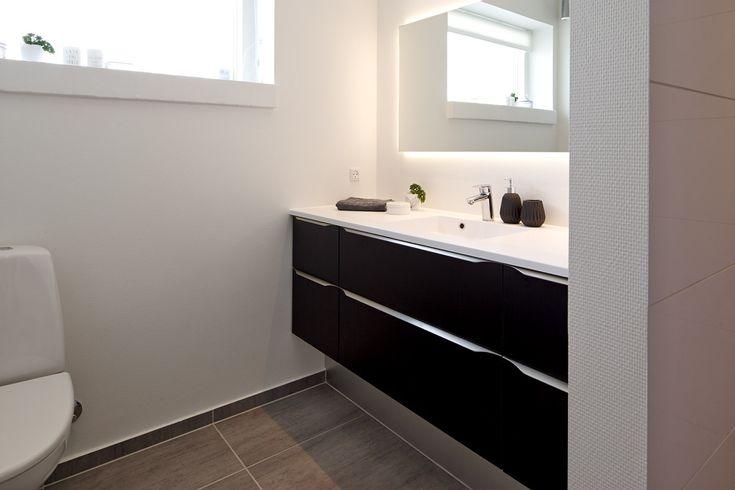 Moderne badeværelse til børneafdeling i eurodan-hus