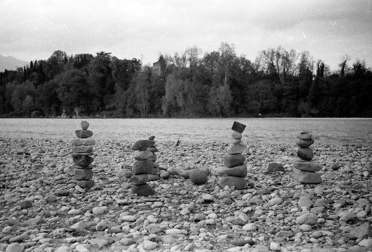 #Sacile, #Fiume #Piave 2012 #river #italia #italy #stone #installation #installazione #sassi #dem #photo #lomography #lomo #smena #symbol #analog #analogica #pellicola #film