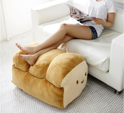 DIY with Elli ♥ || Do-it-yourself, tutorials & inspiration.: #3 ROOMSPIRATION: DIY DOUGHNUT PILLOW/PLUSHIE..... need this.