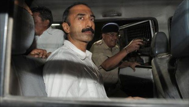 2002 Gujarat riots: Supreme Court dismisses sacked IPS officer Sanjiv Bhatt's petition against Amit Shah