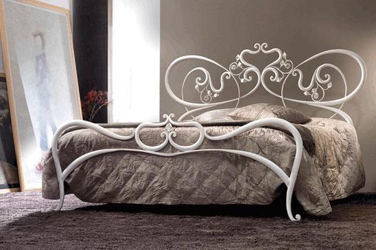 #letto Modello Armonia di Cosatto http://www.arredamento.it/sponsor/speciali/162/letti-cosatto-bellezza-senza-tempo.html