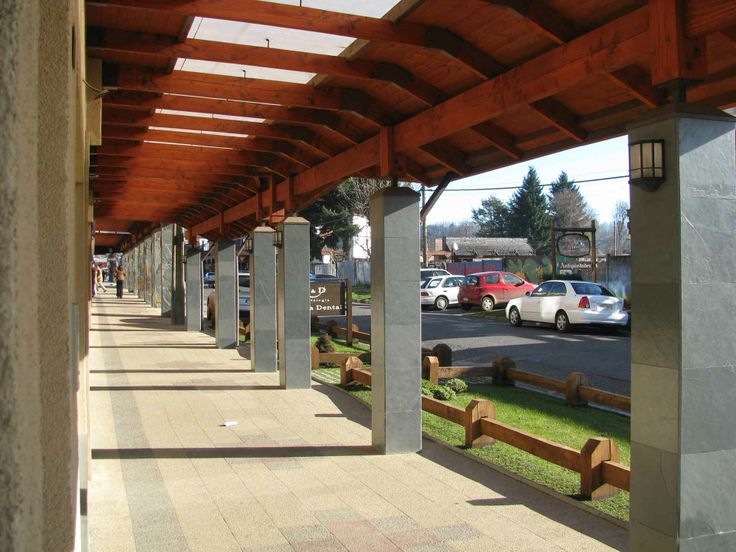 El centro de Villarrica. // Downtown Villarrica. (IX Región)
