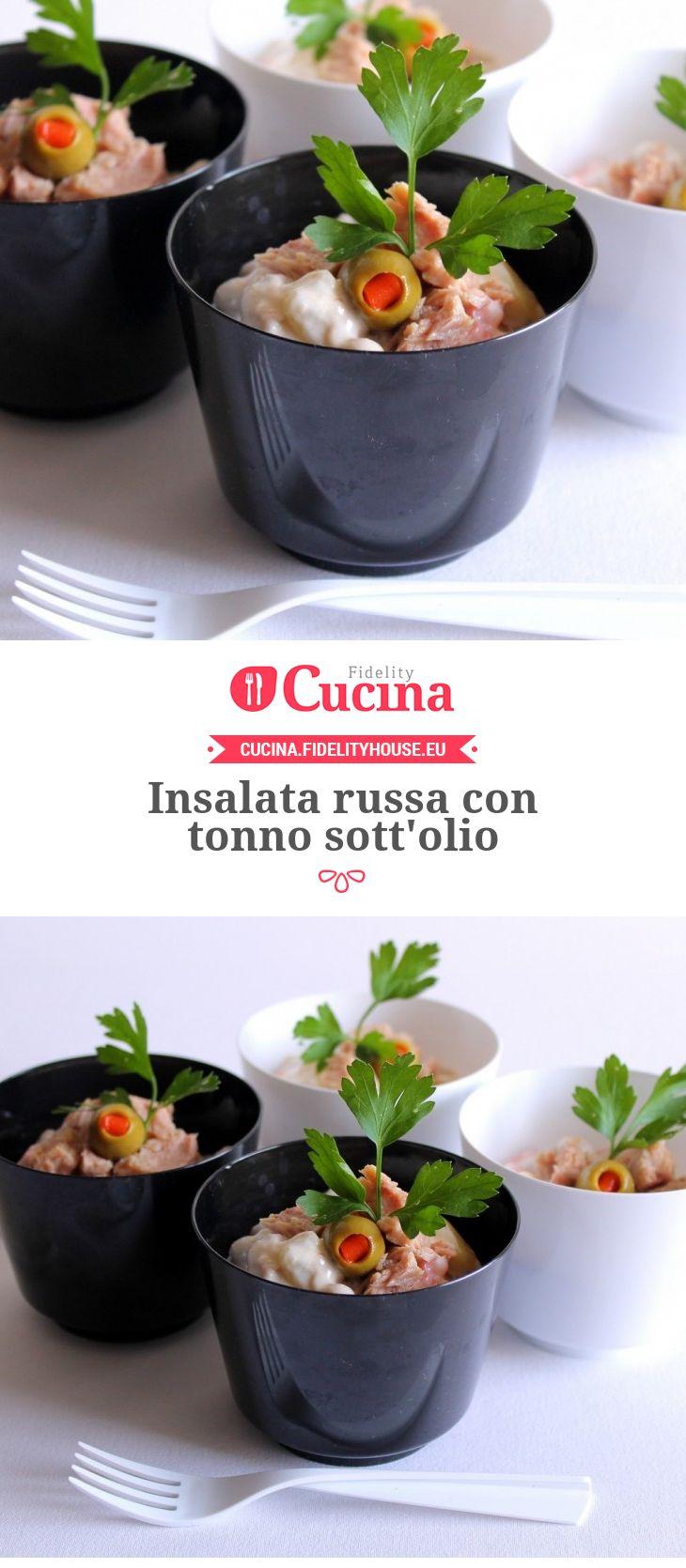 Insalata russa con tonno sott'olio della nostra utente Giovanna. Unisciti alla nostra Community ed invia le tue ricette!