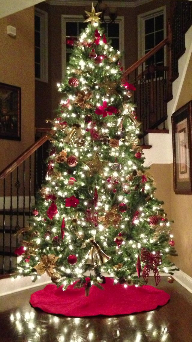 purchased a 9ft christmas tree for our entry way to go along with our 75 ft - 9 Ft Christmas Tree